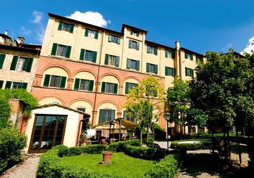 Palazzo Ravizzaa Siena