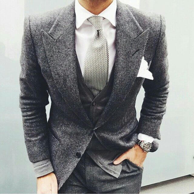 lavish grey suit with perfect fit
