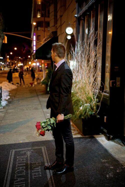 gentleman first  date flowers