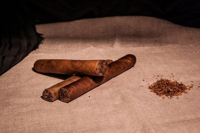 rolled cigars and tobacco