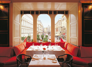 Restaurant in gourmet shop Julius Meinl am Graben in Vienna
