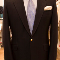 How to tailor off the rack suit: waist